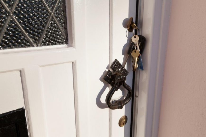 Leaving Your Keys in The Back of The Door – A BAD IDEA